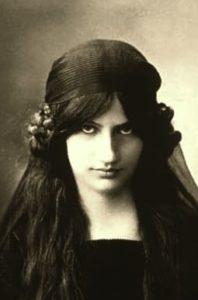 Жанны Эбютерн
